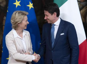 Italian premier Giuseppe Conte receives President-elect of the European Commission, Ursula von der Leyen, for a working lunch at Chigi Palace in Rome, 2 august 2019.    ANSA/MAURIZIO BRAMBATTI