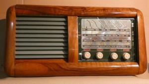 radio-modello-bologna-di-zenit-radio-anni-40-immagine-1